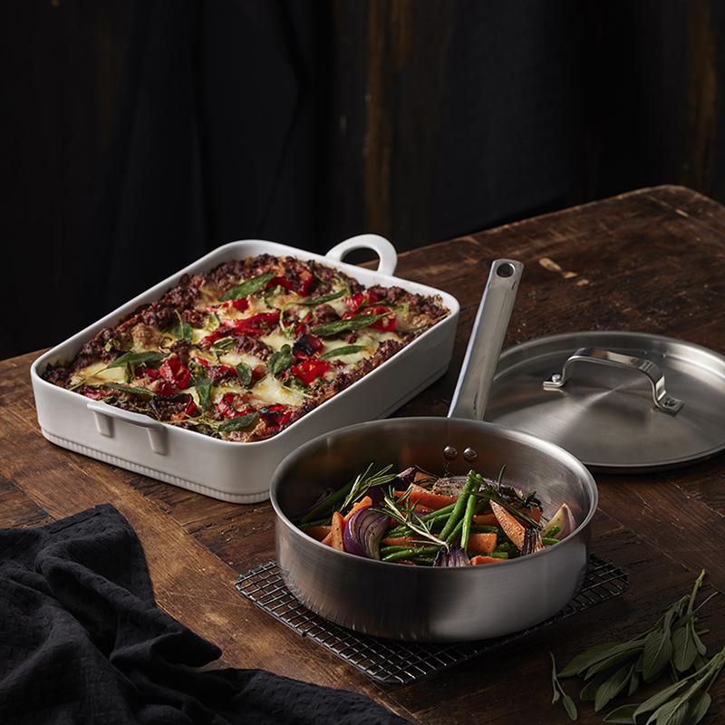 Pillivuyt lasagnefad og sautérpande