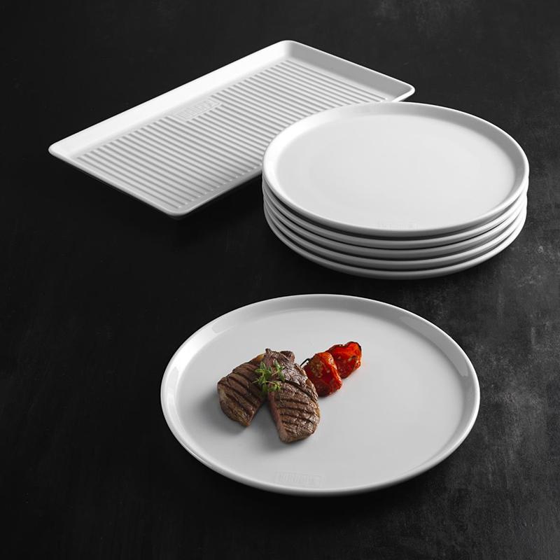 Weber - 6 dinnertallerkener og et serveringsfad